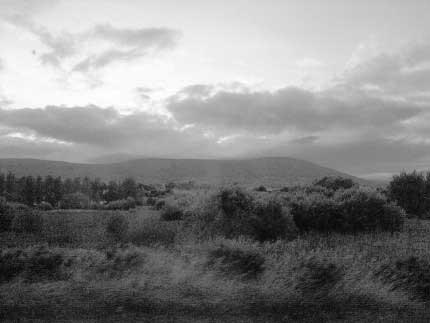 14_BELFAST_photography_photograph_love_-art_city_landscape_mountain_Northern_Ireland_-Lise_Mc_Greevy